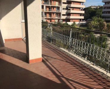Albenga quadrilocale con 2 terrazzi e garage €. 170.000,00