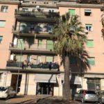 Albenga zona mare amprio trilocale ristrutturato;