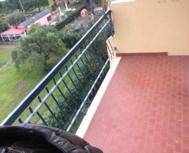 Albenga Viale 8 Marzo quadrilocale con terrazzi vista mare e garage €. 185000,00 trattabili