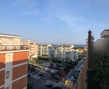 Albenga quadrilocale con terrazzo vista mare