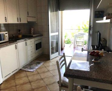 Albenga Bilocale arredato con terrazzo e garage € 139.000,00